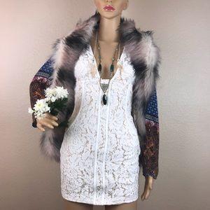 Tobi White Lace Bodycon Plunge Dress Festival